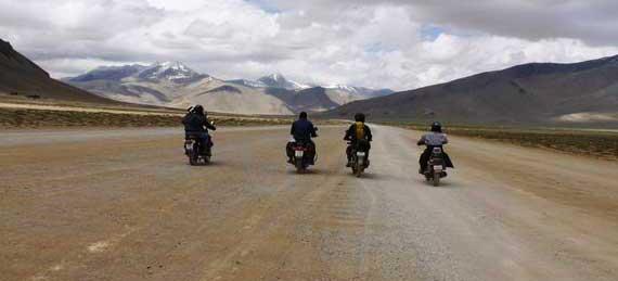 motor-biking-expedition-ladakh