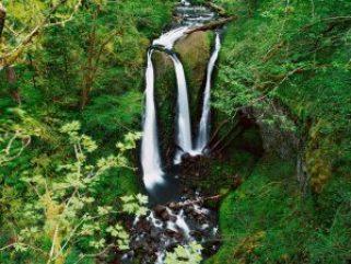 triple-falls-columbia-river-gorge-oregon