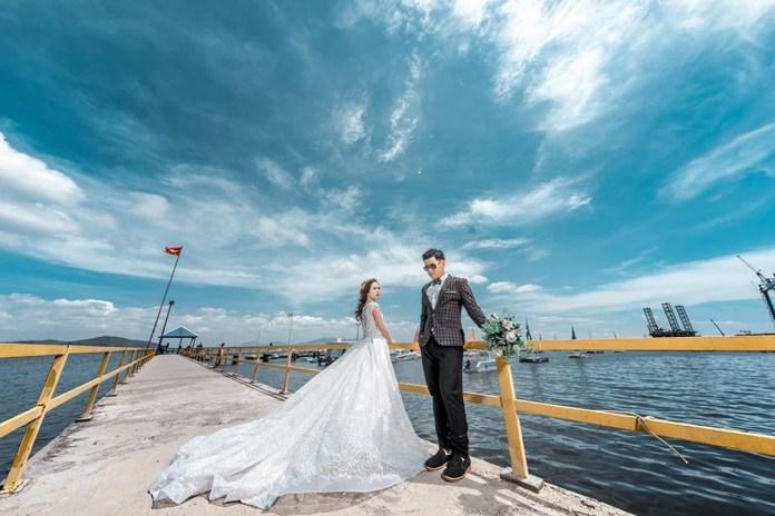 romantic garden weddings by the sea