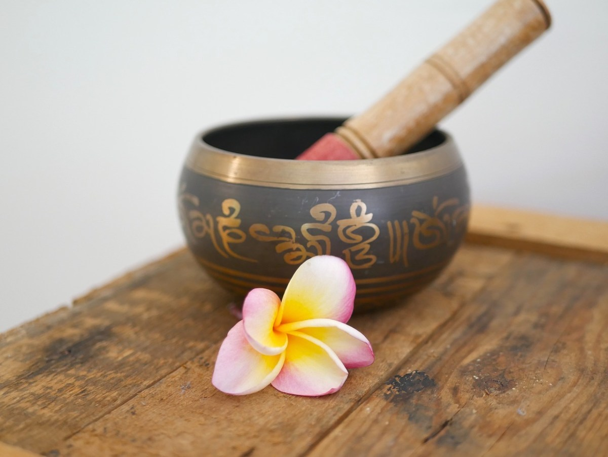 MUSIC OF THE SINGING BOWLS – An ancient healing therapy