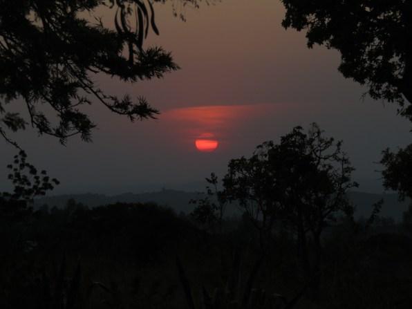 Zachód słońca w Butiamie