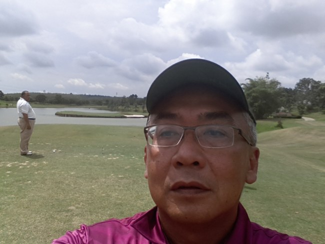 NIK'S SELFIE ON SIGNATURE ISLAND PAR 3