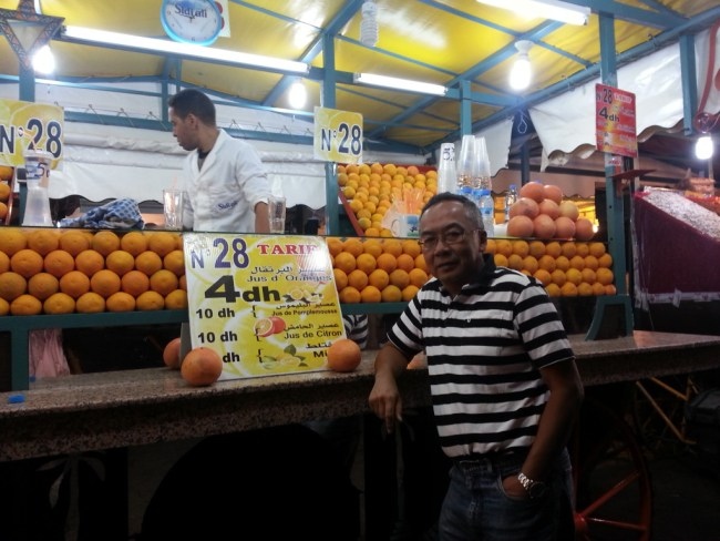 ONE OF THE NUMEROUS FRUIT JUICE STALLS AT JEMAA AL-FINA