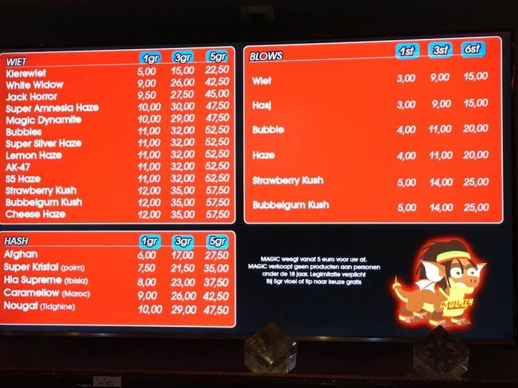 2016 april Menukaart Coffeeshop Magic Den Haag