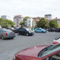 Изградиха нов паркинг във Варна (снимки)