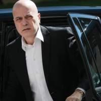 Слави Трифонов е в болница