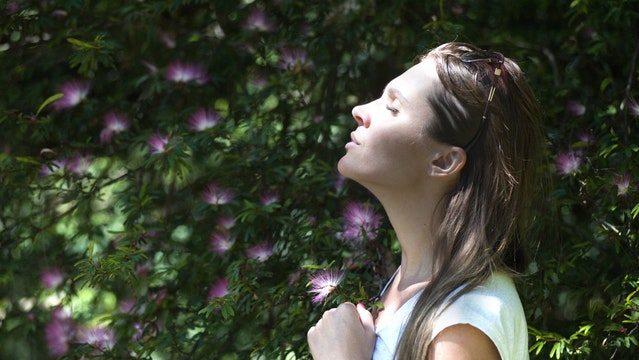 横隔膜呼吸法で心と身体のバランスを