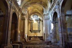 L'interno della Chiesa di San Marco oggi. Da oltre 30 anni la Chiesa non è più officiata.