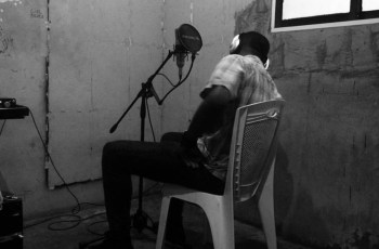 Hustla King - Melancolia (feat. Uami Ndongadas) 2020