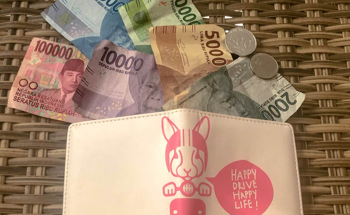 Cash In Bali What You Need To Know Before Visiting 2019 Buenaventours