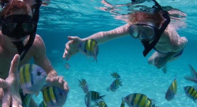 tiki_hut_stmaarten_snorkel_fun