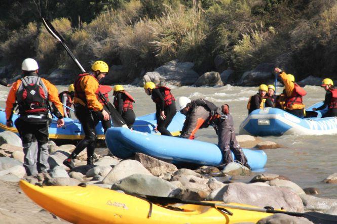 Santiago du Chili Le rio Maipo