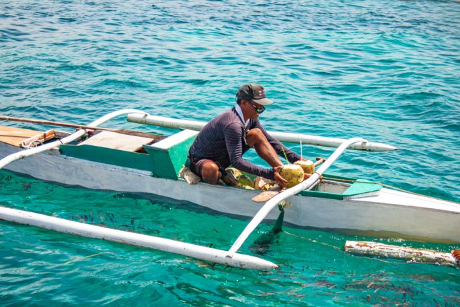 Cebu aux philippines vendeur de cocos