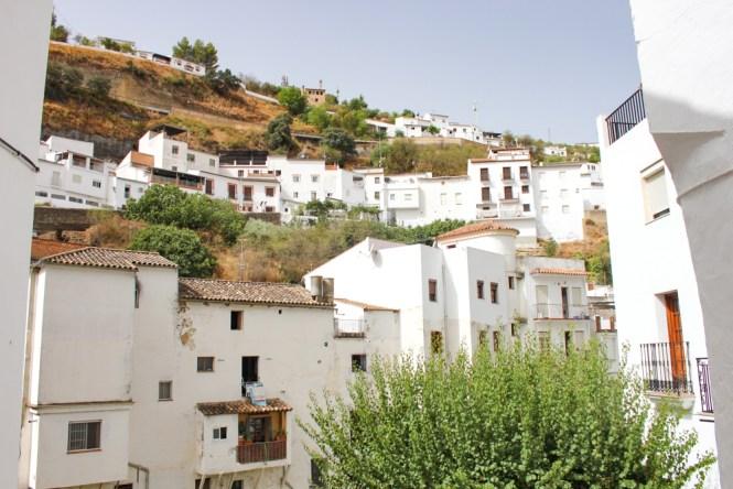 maisons Setenil de las Bodegas andalousie