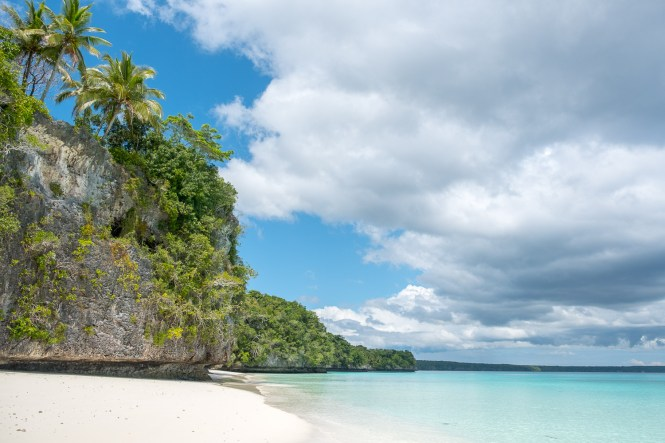 kiki-beach-drone-lifou-iles-loyaute-nouvelle-caledonie