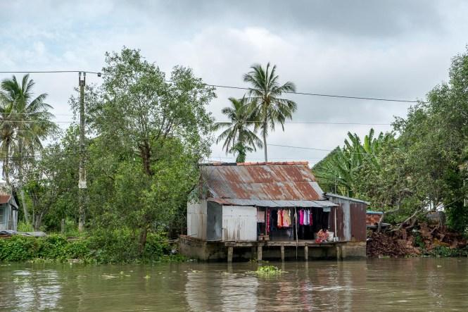 maison sur l'eau delta du mékong vietnam