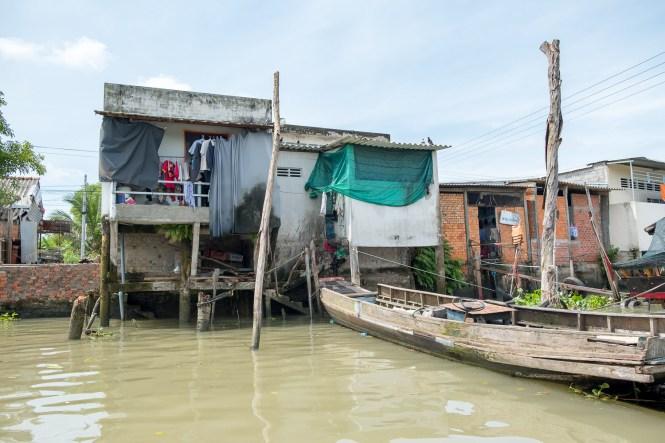 bateau traditionnel delta du mékong vietnam