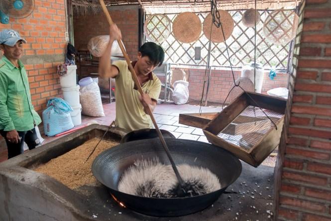 Con Phung l'île au Phenix bonbons delta du mékong vietnam