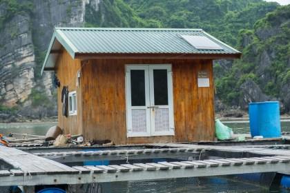 Maisons pecheurs Vung Vieng bai tu long vietnam