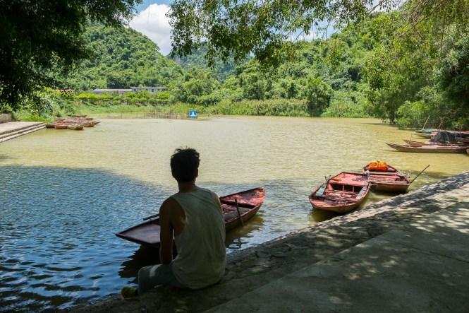 Bouddha cave Thung Nham Bird Garden baie d'halong terrestre tam coc