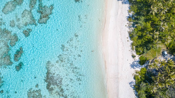 Photo-lifou-baie-de-wadra-plage