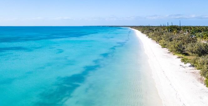 drone-plage-de-fayaoué-ouvéa-nouvelle-calédonie