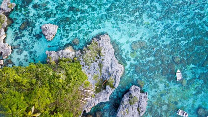 falaises-de-jokin-lifou-pêcheur