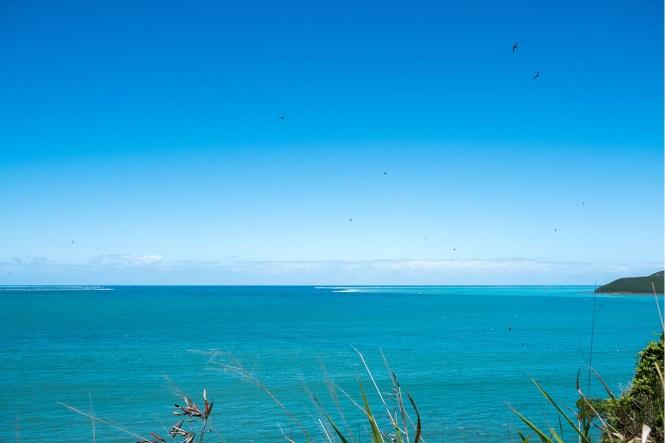 vue-lagon-bourail-sentier-des-trois-baies