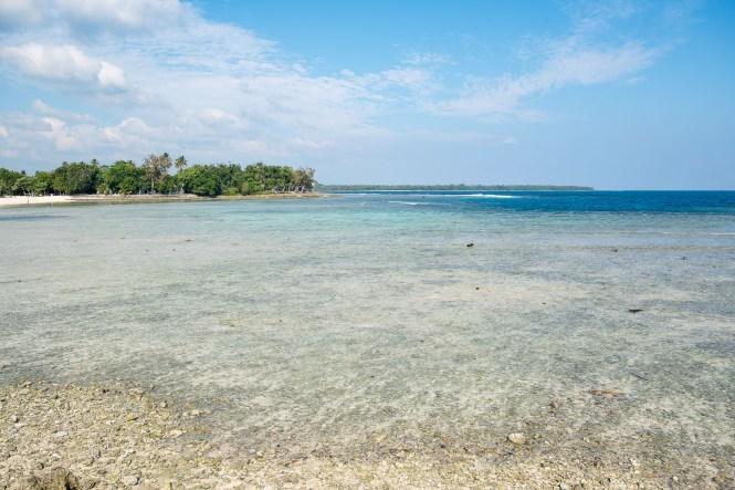 pango-beach-port-vila-vanuatu