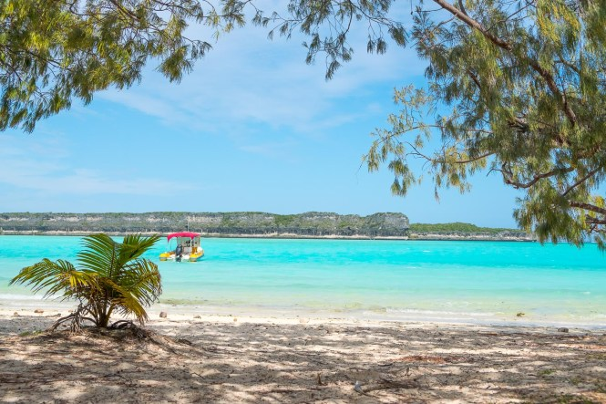 falaises-plage-de-lekiny-plus-belles-plages-de-Nouvelle-Calédonie