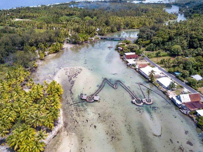 Pièges-poissons-huahine-Maeva-drone-îles-de-la-Société