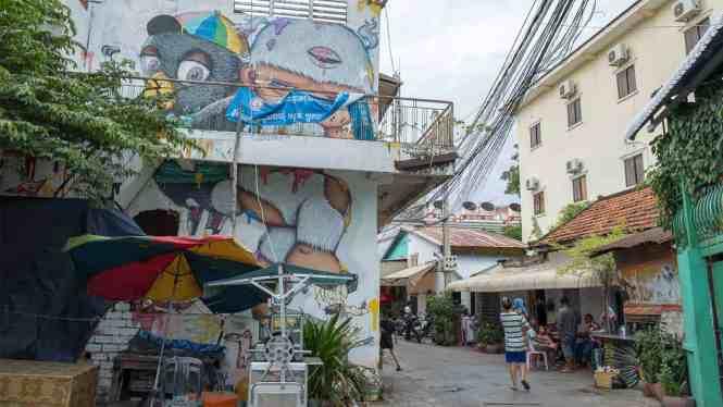 Street-Art-Phnom-Penh-ruelle