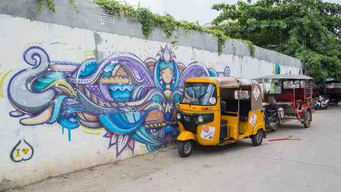 Street-Art-Phnom-Penh-tuktuk