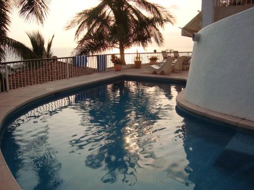 fotos de villa paraiso nuevas del 31 de mayo 2010 (aparato solar 012