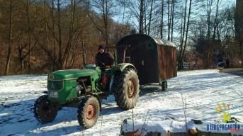 Unser Forstwagen wurde schon im Februar, bei Schnee und Eis, in den Bürgergarten gebracht