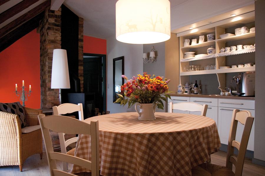 Essplatz mit Miniküche auf dem Lothshof im Flaeming © Buero-Koethe