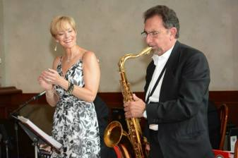 Gallery-Buffalo-Jazz-and-Swing-Band-Buffalo-NY-Weddings-14