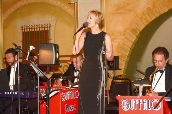 Gallery-Buffalo-Jazz-and-Swing-Band-Buffalo-NY-Weddings-18