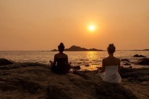SwaSwara Ayurveda and Yoga on Om Beach_meditation (1)