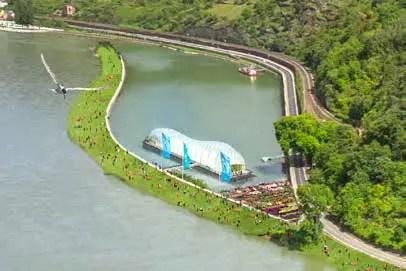 Symbol und Alleinstellungsmerkmal: die »Schwimmende Blumenhalle«. (Foto: Piel media, Visualisierung: JG – visualisierung+architekturfotografie, Jens Gehrcken)