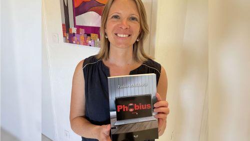 """Puy-de-Dôme : à 38 ans, alors qu'elle travaille dans la finance, Pauline publie un premier roman captivant, """"Phobius"""""""