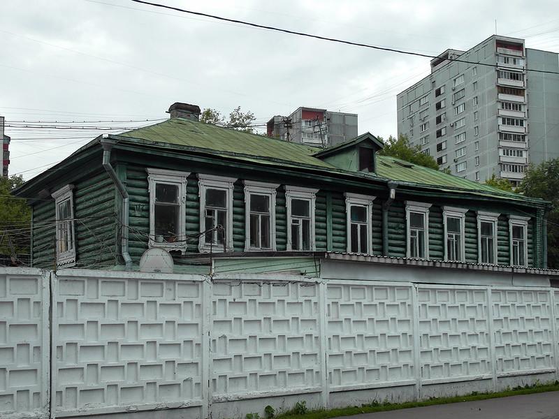 дом 1907 года снесли и построили апарт отель NOVA