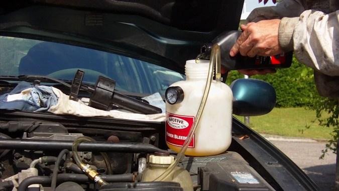 Ajoutez une seconde bouteille de 500 ml si vous souhaitez rincer abondamment le circuit
