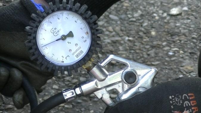 Gonflez les 4 roues à la même pression