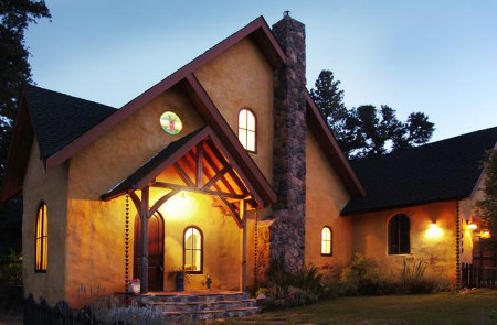 Straw bale finished house ontario home builders for Building a house in ontario