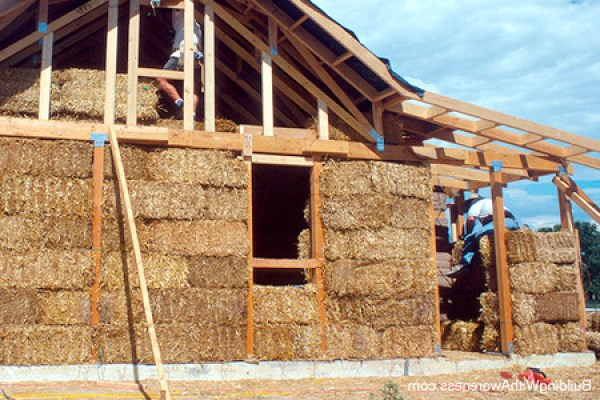 straw-bale-house-walls