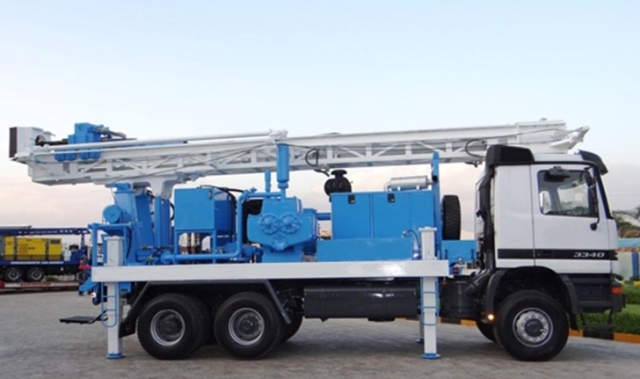 A borehole drilling rig