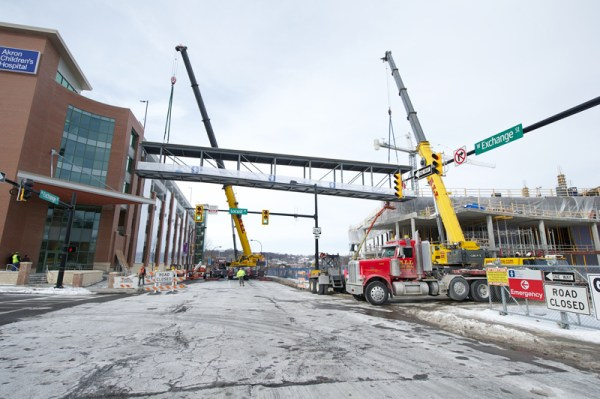 pedestrian bridge installation 7995