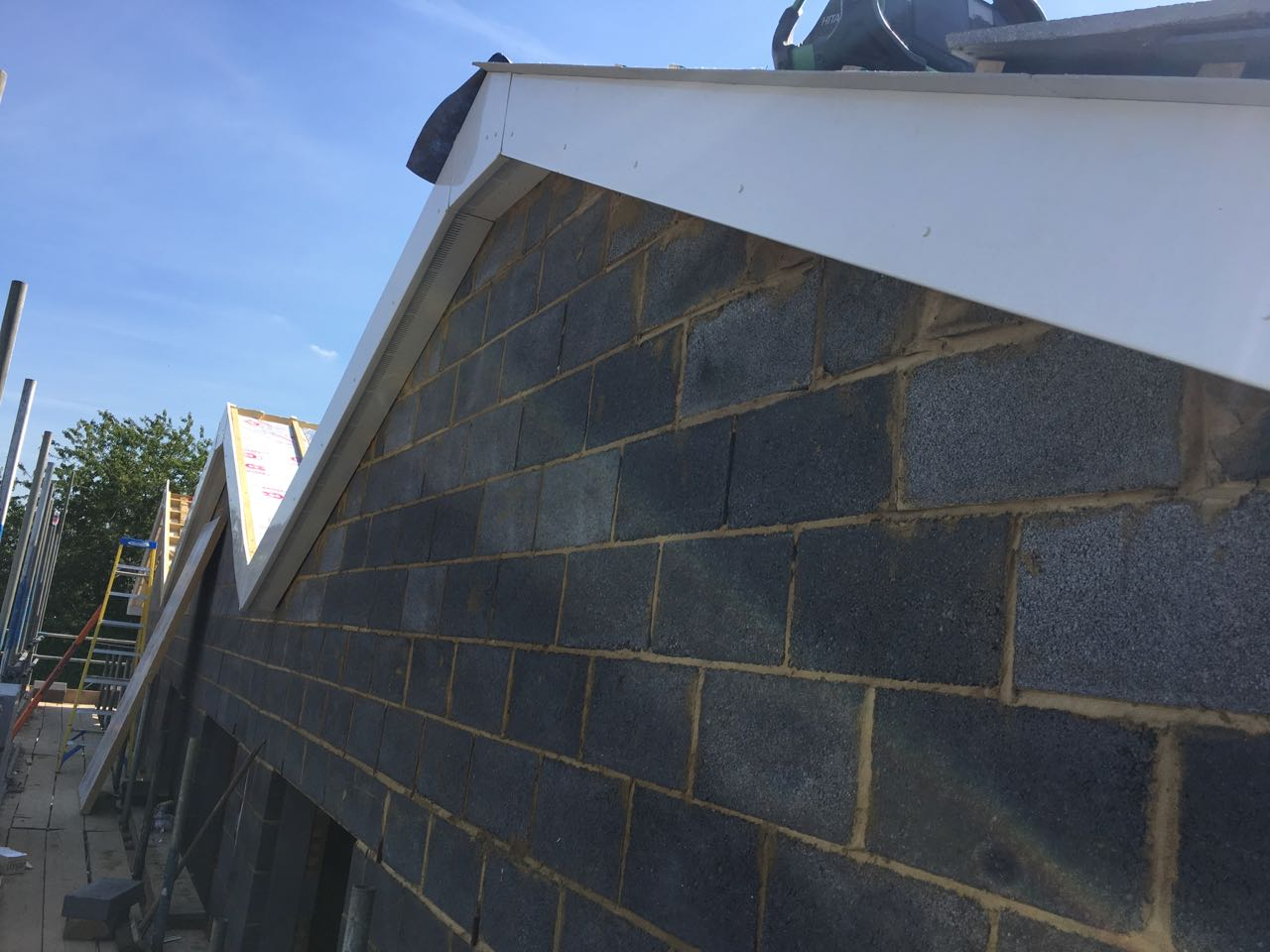 Front roof gable