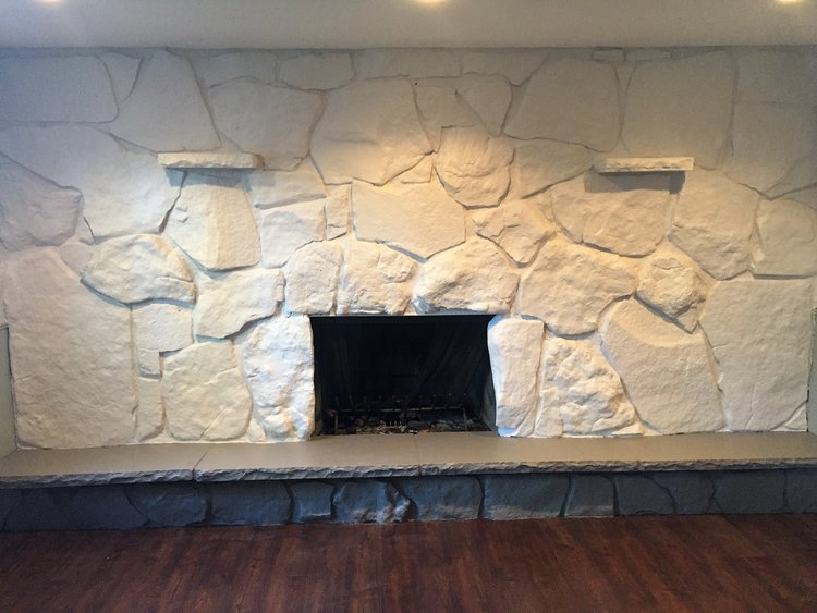 How to paint your dated fireplace in 24 hours | Building Bluebird #fireplacetransformation #accentwall #paint #fireplace #diy
